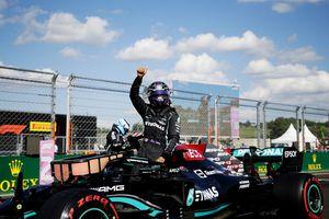 Lewis Hamilton, în pole-position la MP al Ungariei! Piloții Mercedes, dominanți + Huiduieli la final