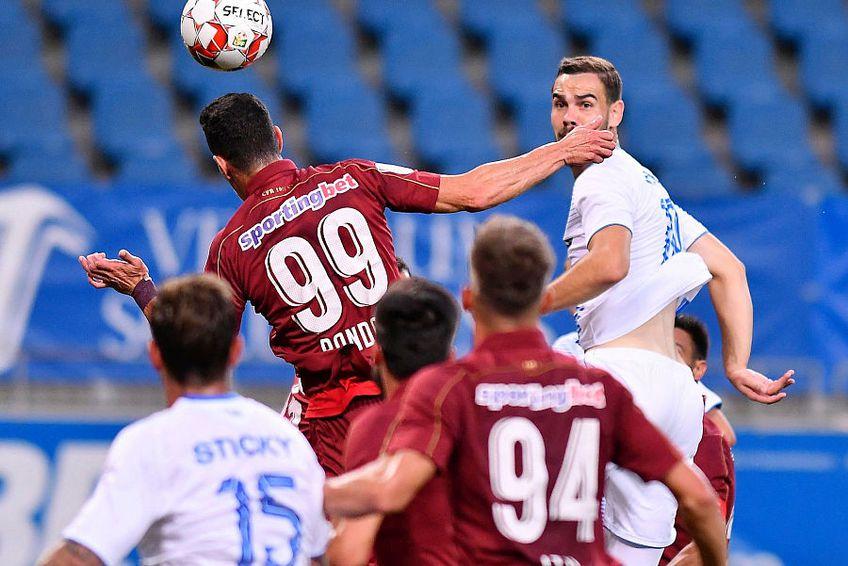 Ultimul meci direct între două dintre cele 3 rivale la titlu a avut loc în august, când s-a jucat finala campionatului, Craiova - CFR, în care s-a impus trupa lui Dan Petrescu cu 3-1 FOTO: facebook.com/UCVOficial